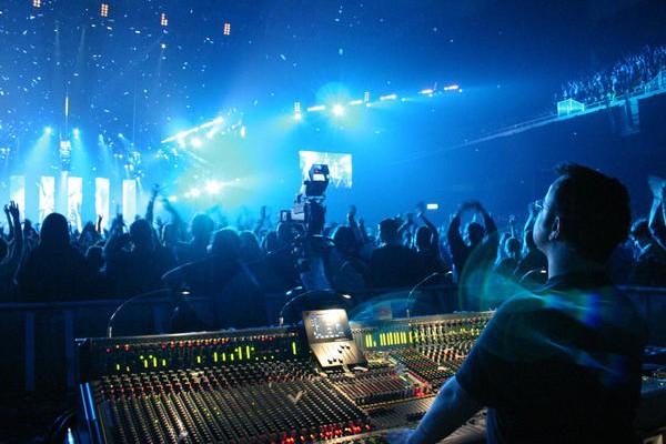 live music engineer